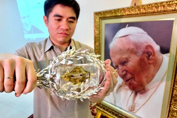 Sangue di Giovanni Paolo II a Manila